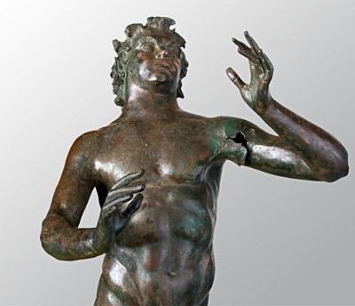 Satiro musicante, bronzo, II sec. a. C., da Stobi