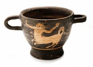 coppa etrusca © Robbic - Fotolia.com